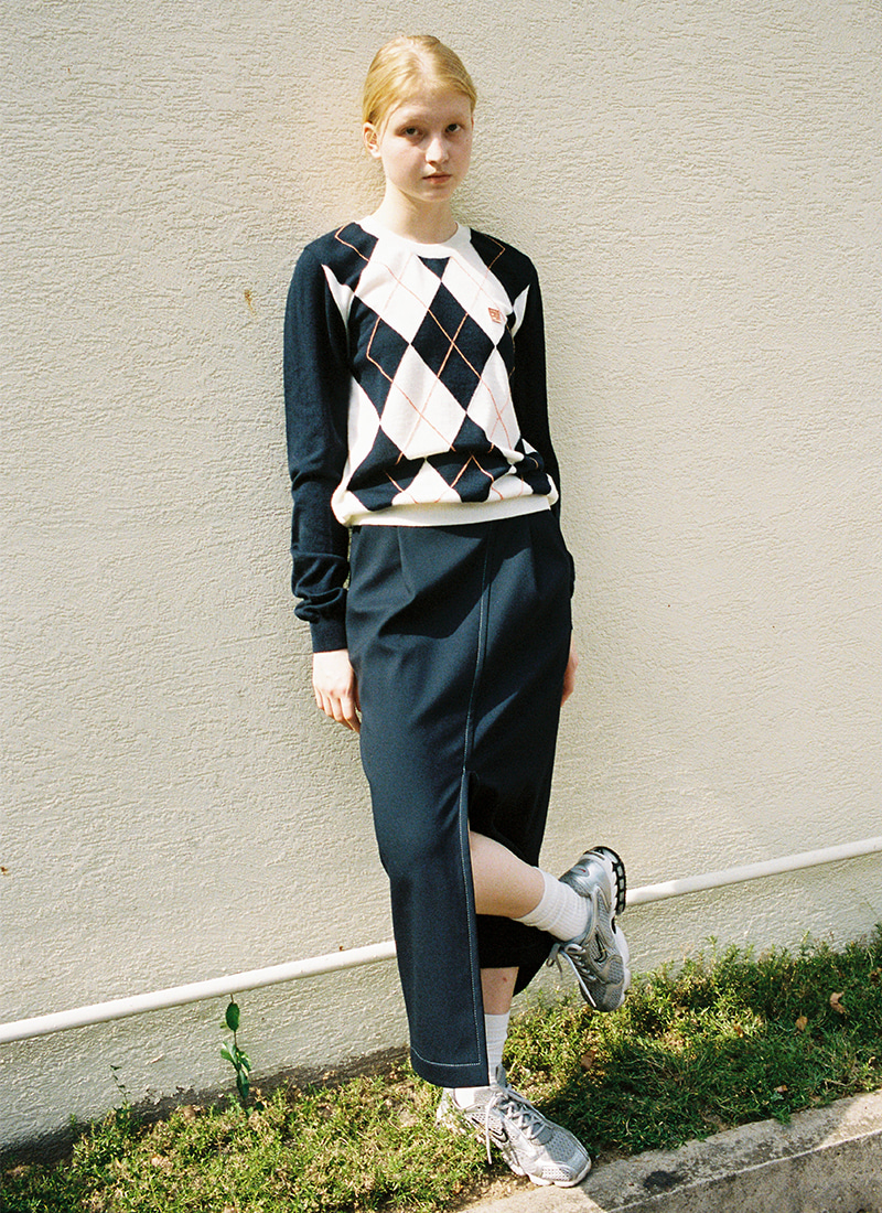 ARGYLE KNIT TOP - NAVY