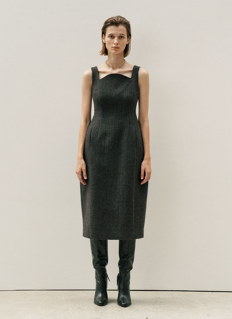 SLEEVELESS CURVED WOOL DRESS - BROWN